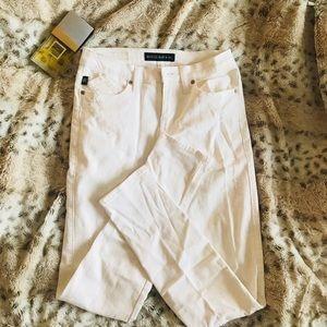 NWOTS rock & republic distressed skinny jeans